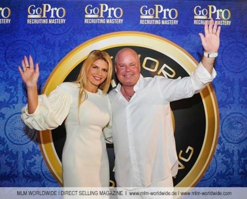 Vom 14. bis zum 17.10.2015 hat in Las Vegas im Mirage Hotel das GO PRO RECRUITING MASTERY stattgefunden, zu dem rund 8.000 Networker aus aller Welt angereist sind