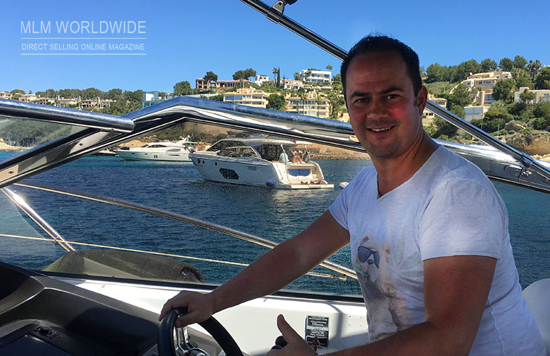 Tobias-Eggers-Lifestyle-Boat-Lavylites