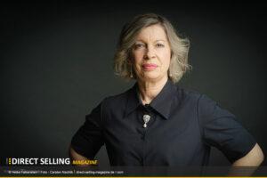 Heike Falkenstein gibt Monatscheck in Höhe von über 30.000 Euro auf und setzt die Segel neu mit ELÉ Atelier